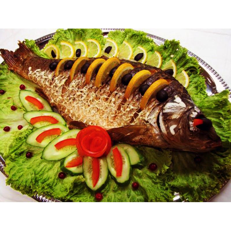 Рыба запеченная целиком Карп