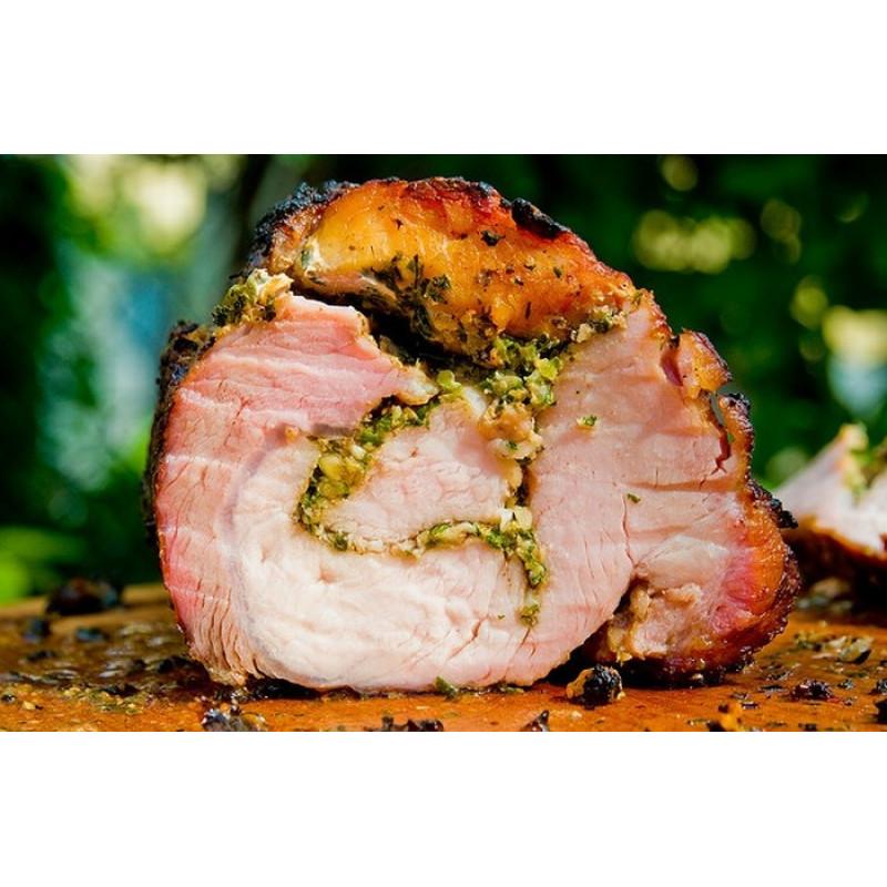 Мясной рулет из трех видов мяса с пряными травами